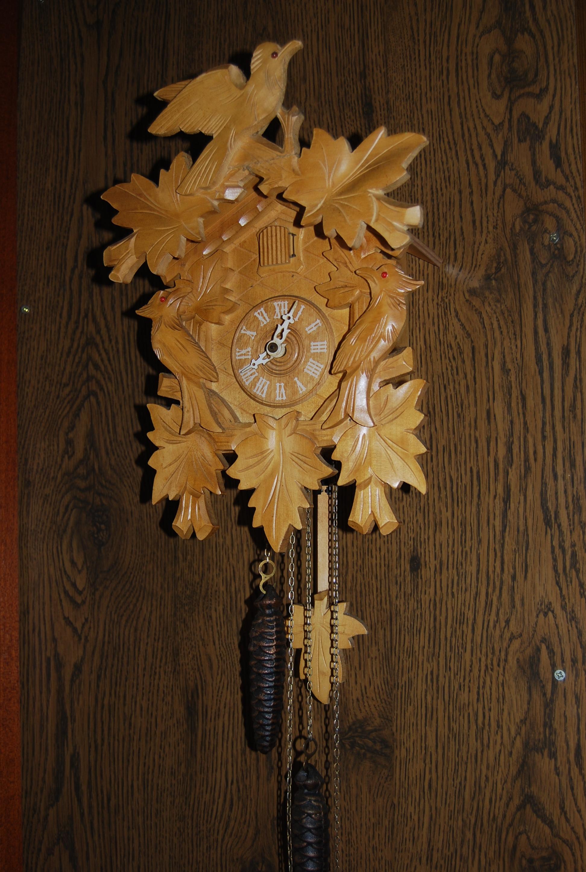 Schwarzwaldi kakukkos óra fenyő színű 5a7e1fbe28